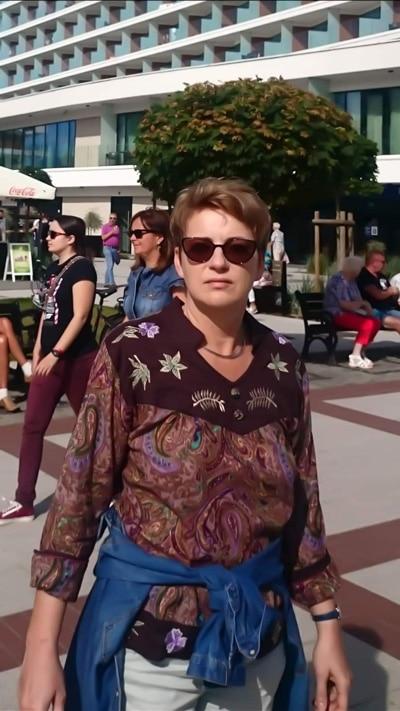 Katarzyna Karasinska - Nowe Technologie - NT